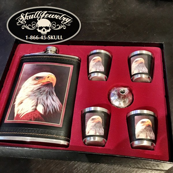 'Bald Eagle' Flask, 4 Shot Glasses