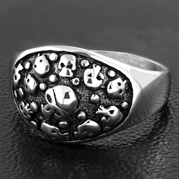 Catacombs Skull Ring