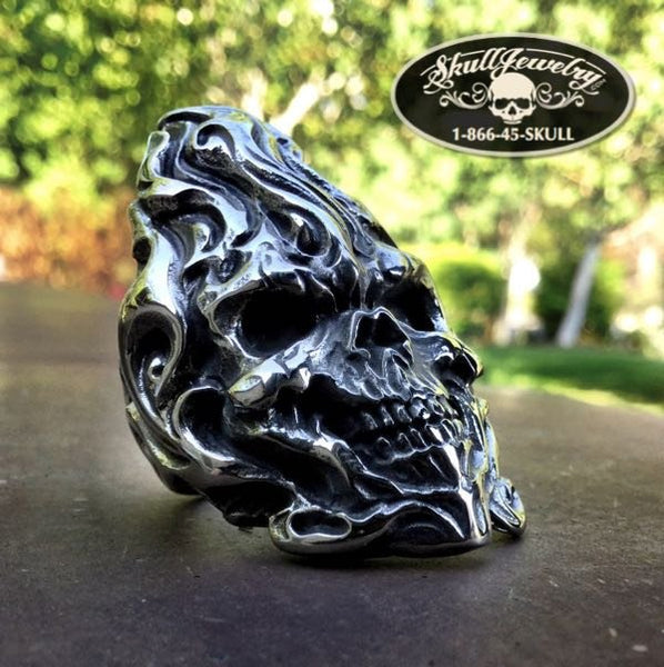 Fight Fire With Fire skull ring