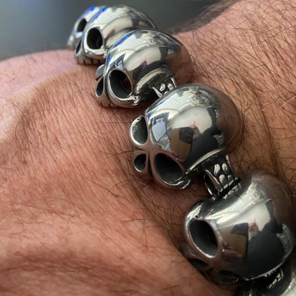 'Jawless' Big, Bold & Thick Stainless Steel Skulls Bracelet