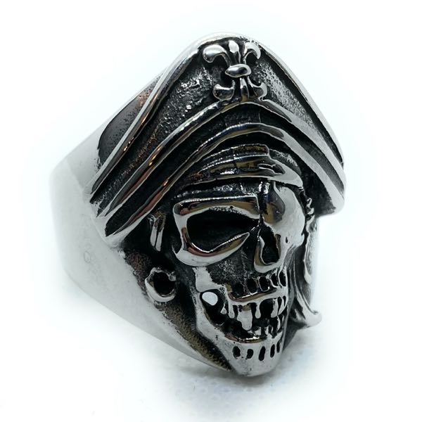 Pirate Skull Ring (c350)