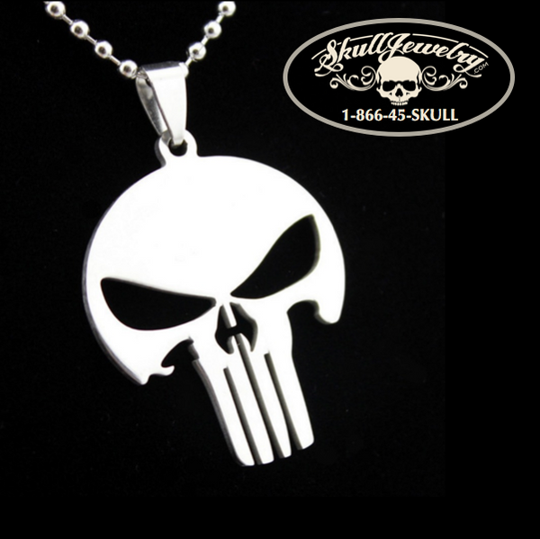 'Punisher' Skull Pendant with 24