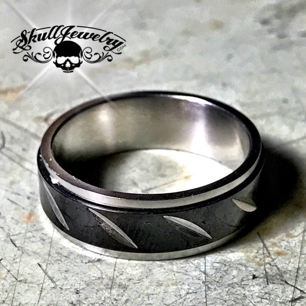 Slash Band Ring