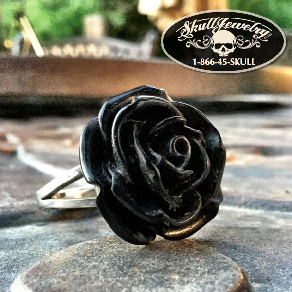 'You're My Best Friend' Black Rose Ring