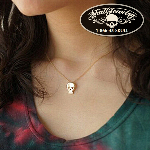 'Love Her Madly' Skull Pendant with 20