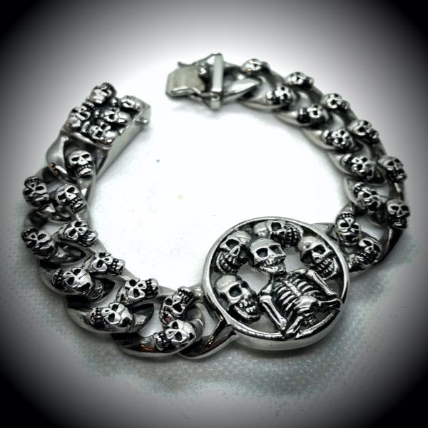 'Praying For Keeps' Stainless Steel Skull Bracelet