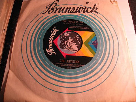 Artistics - The Chase Is On b/w One Last Chance - Brunswick #55342 - Northern Soul
