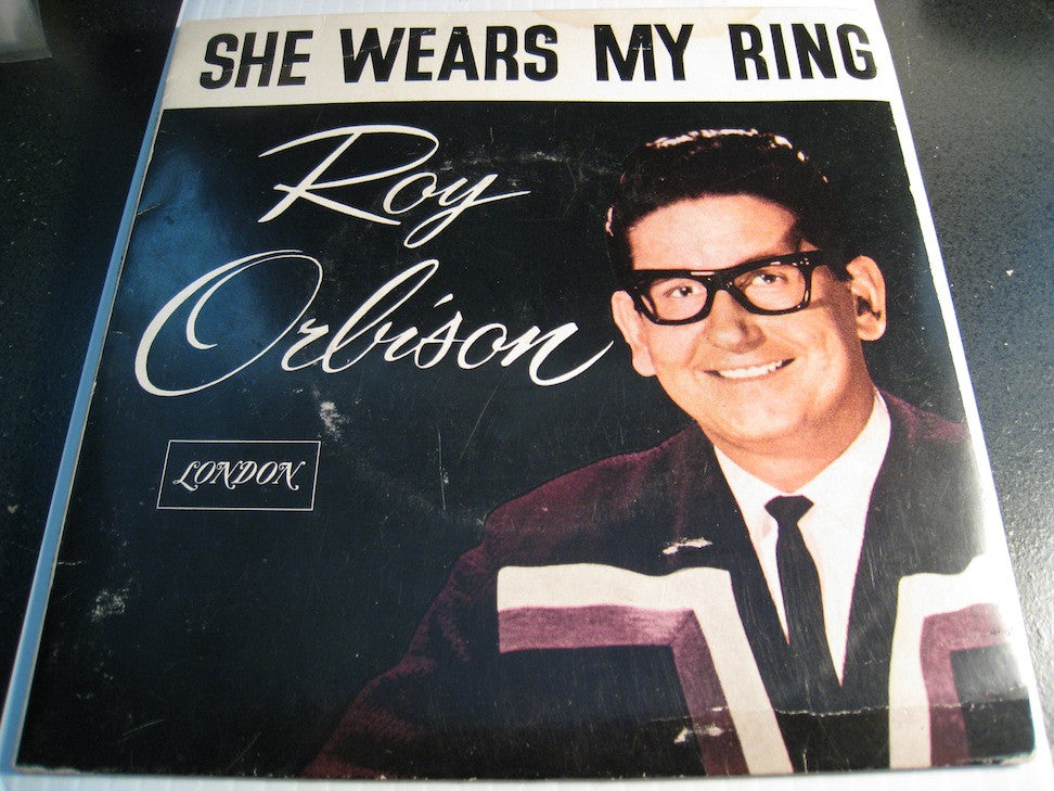 Roy Orbison - She Wears My Ring - Wedding Day b/w Love Hurts - Borne On The Wind - London EP #7579 - Rock n Roll