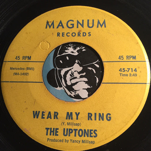 Uptones - Wear My Ring b/w Dreaming - Magnum #714 - Doowop