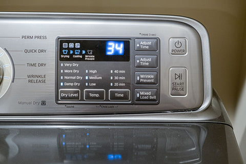 Using a laundry dryer for fluffing a pillow, control board of laundry dryer