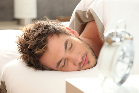 Why does sleep cause wrinkles, man sleeping without pillow
