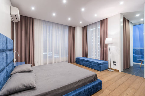 What is the best way to set up your bed, bed with opposite light sources