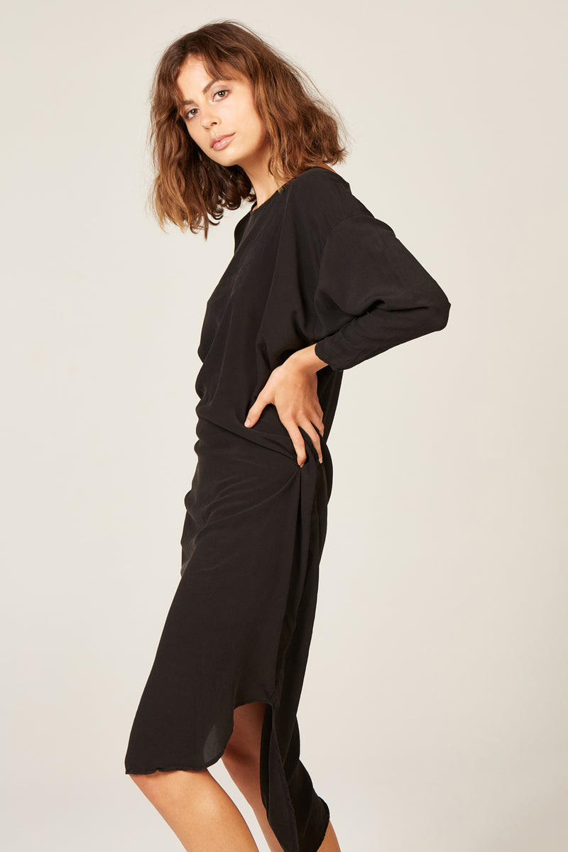 BATWING DRESS - NOIR