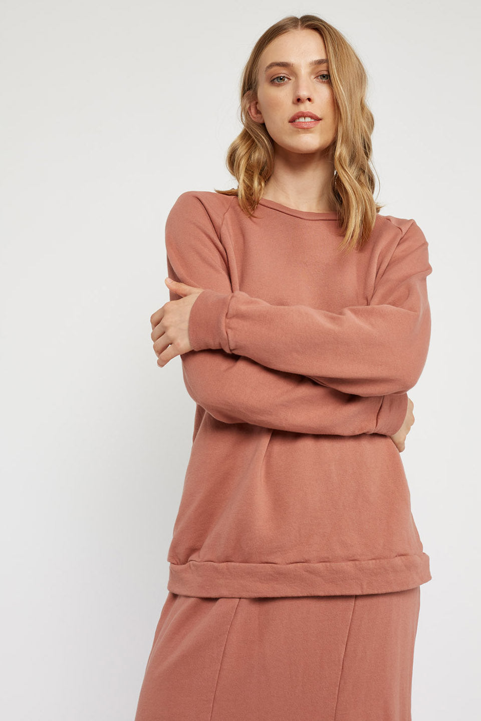LOTUS RAGLAN JUMPER - BRICK
