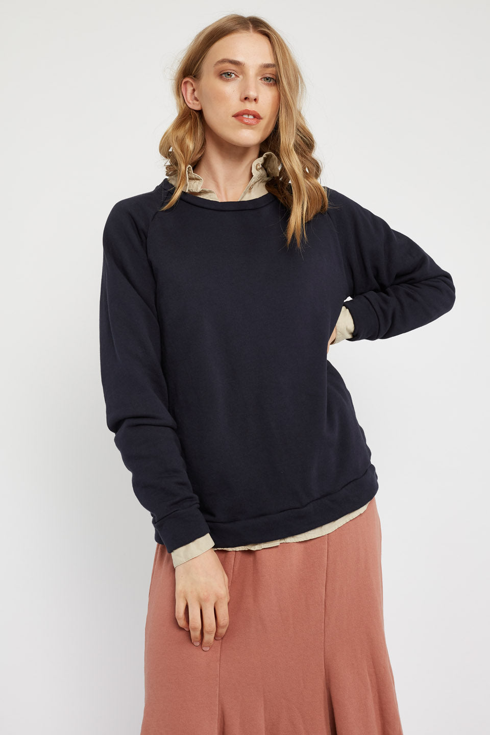 LOTUS RAGLAN JUMPER - DARK NAVY