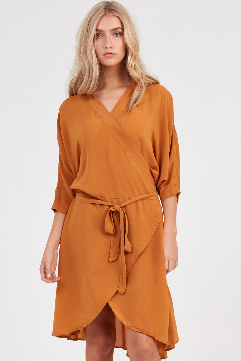 FLUTED DRESS - RUST