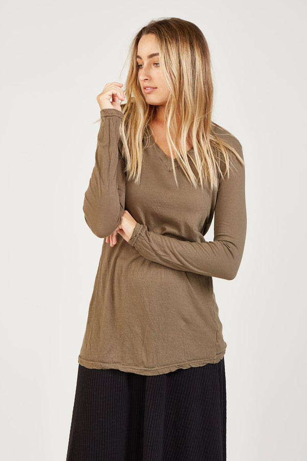 BASIC V NECK - KHAKI