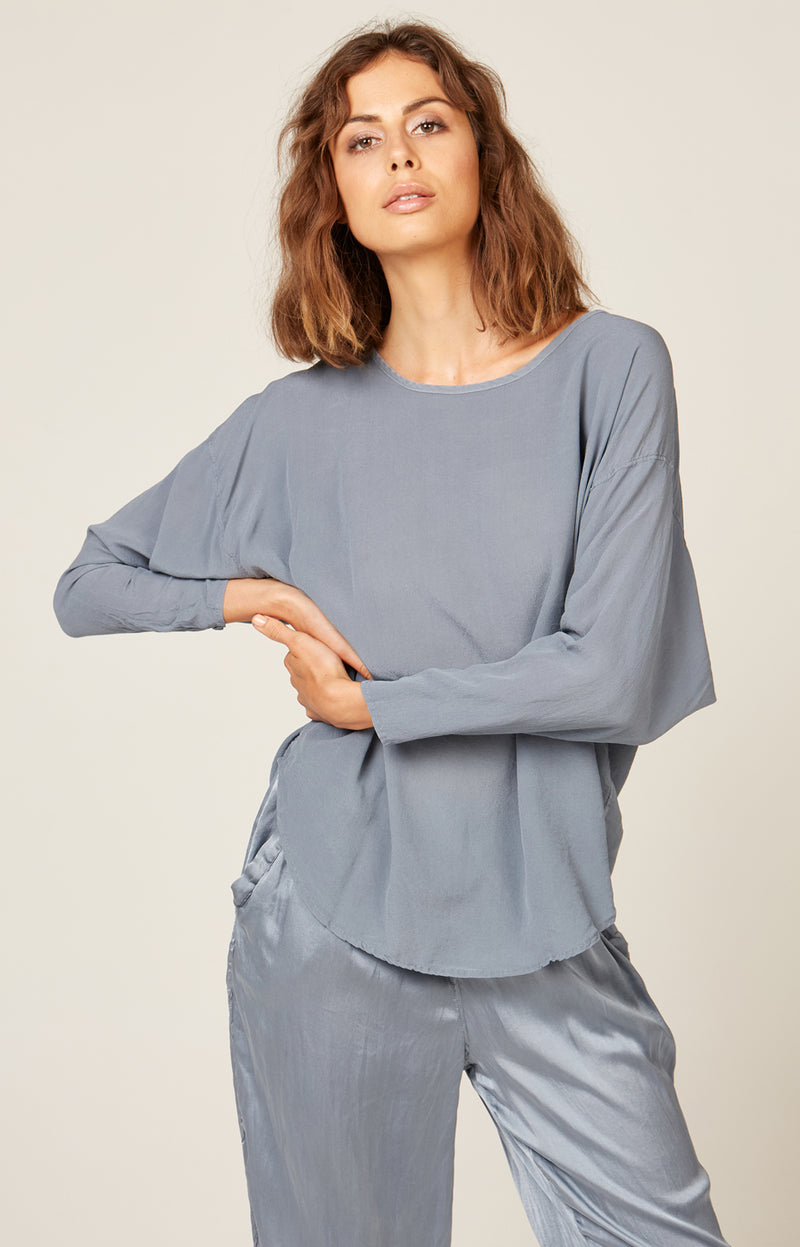 BATWING TOP - EGGSHELL BLUE