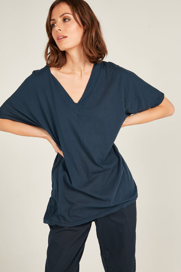 LOOSE V TEE - DARK NAVY