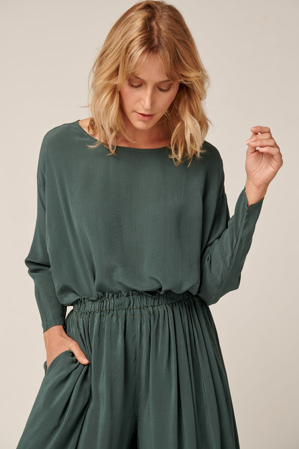 BATWING TOP - EMERALD GREEN