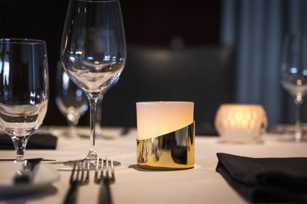 Gold Accented Tumbler - The Amazing Flameless Candle