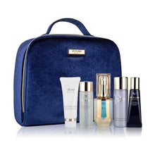 Clé de Peau Beauté Awakened Beauty Set