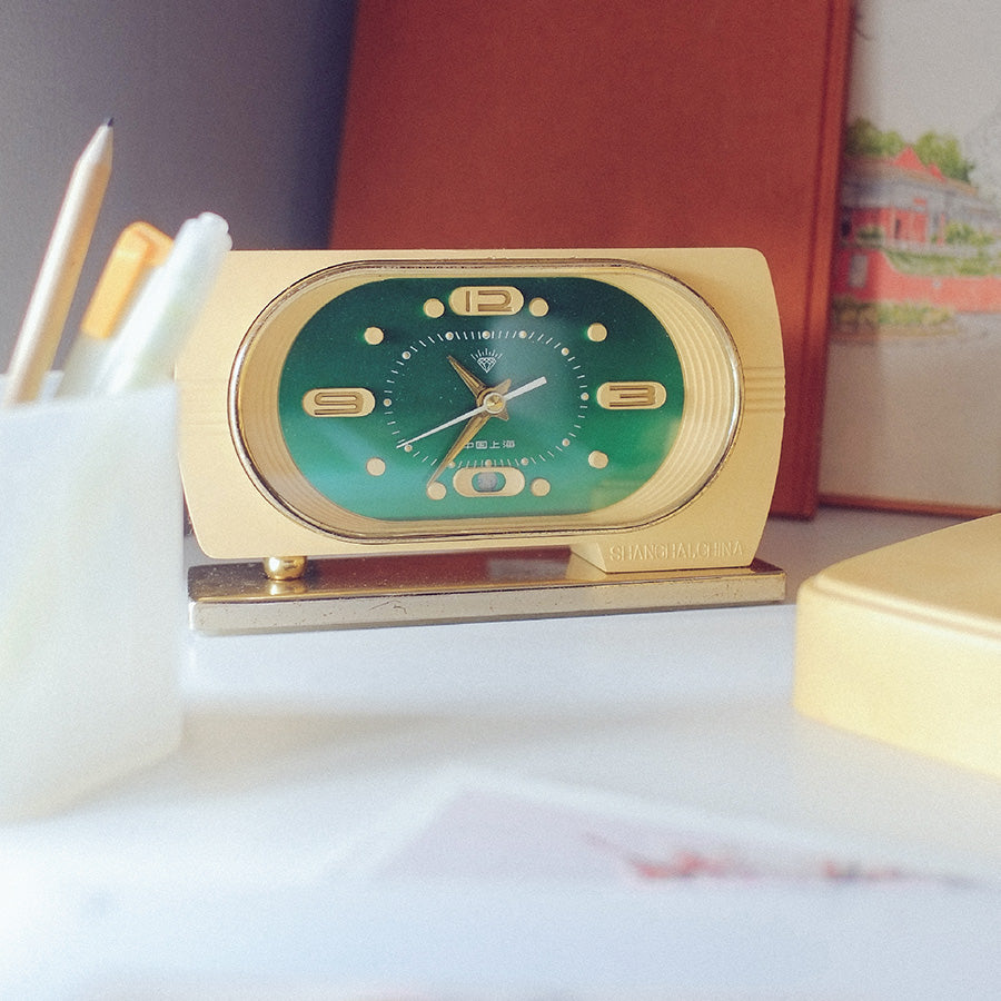 1950s Rectangle Shanghai Diamond Classic Table Clock