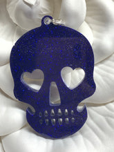 Load image into Gallery viewer, Skull Keychain - Candi's Vinyl Creations