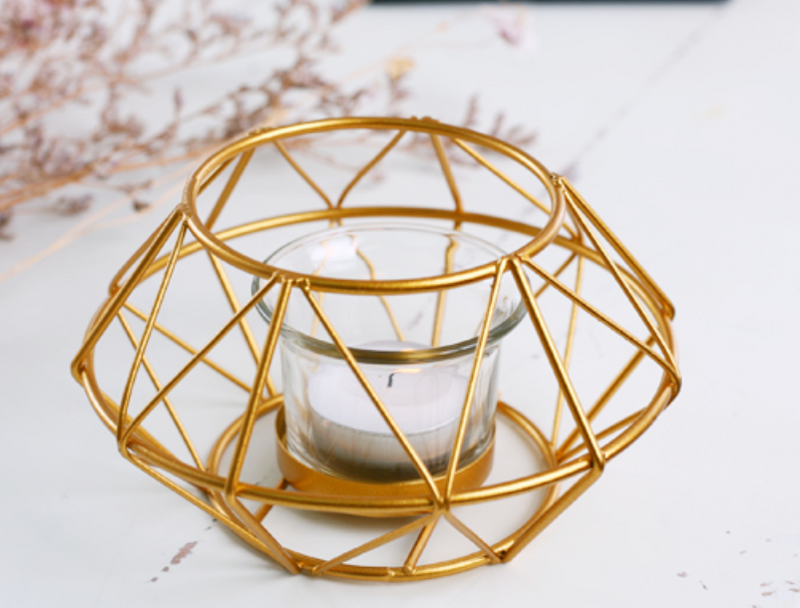 Wire gold round candle holder 260