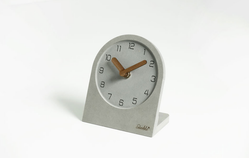 Monotone table clock 230
