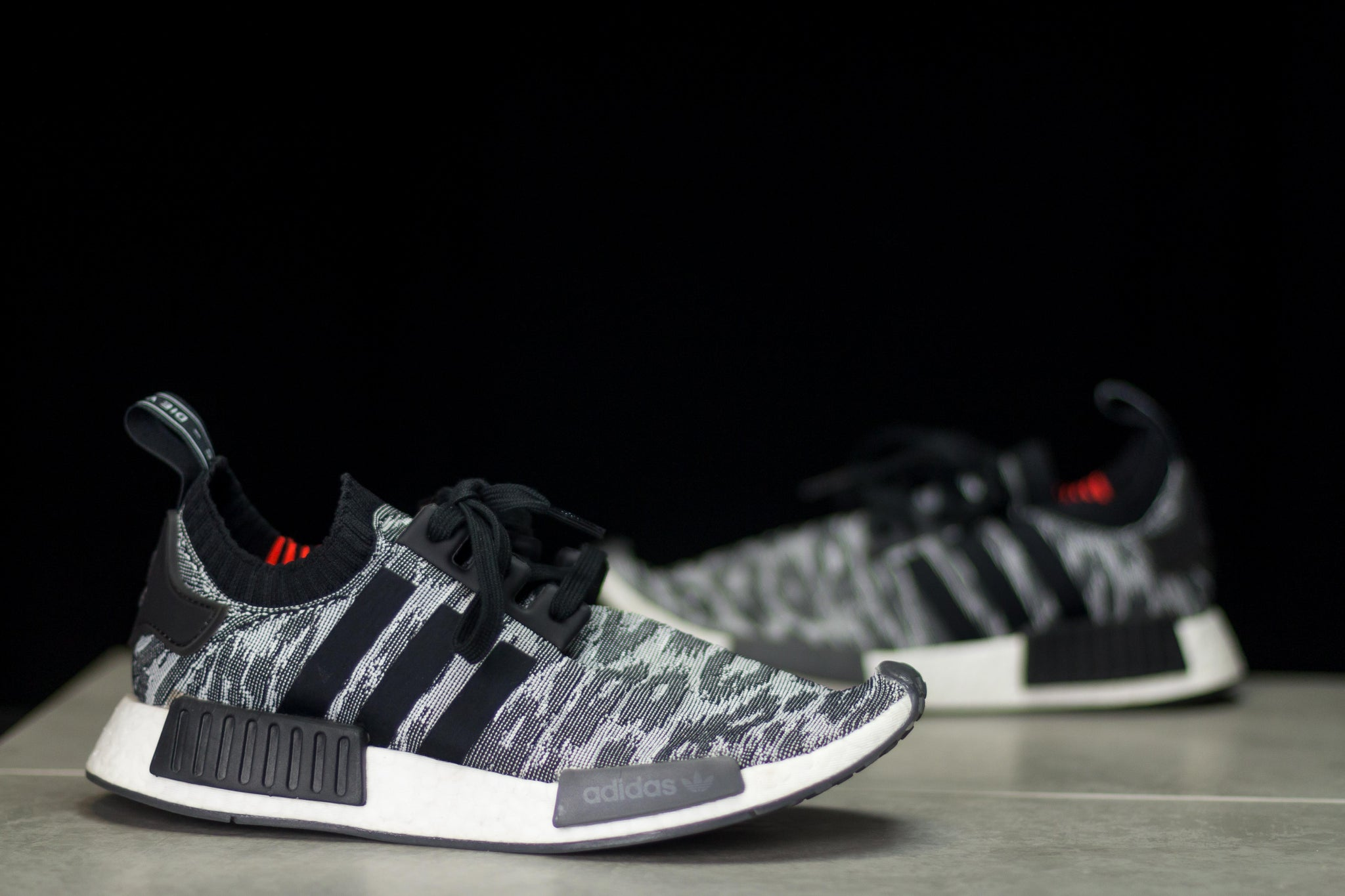 Adidas NMD R1 Black Glitch (8.5)
