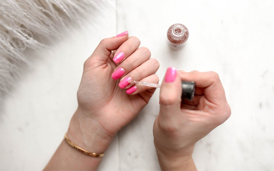 Take it to the Top: How a Top Coat Can Transform Your Signature Polish!