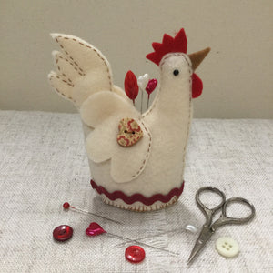 Chicken pin cushion / handmade pincushion / felt chicken - Little Bun Designs UK