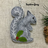 Handmade Felt Squirrel / Seasonal Decoration - Little Bun Designs UK