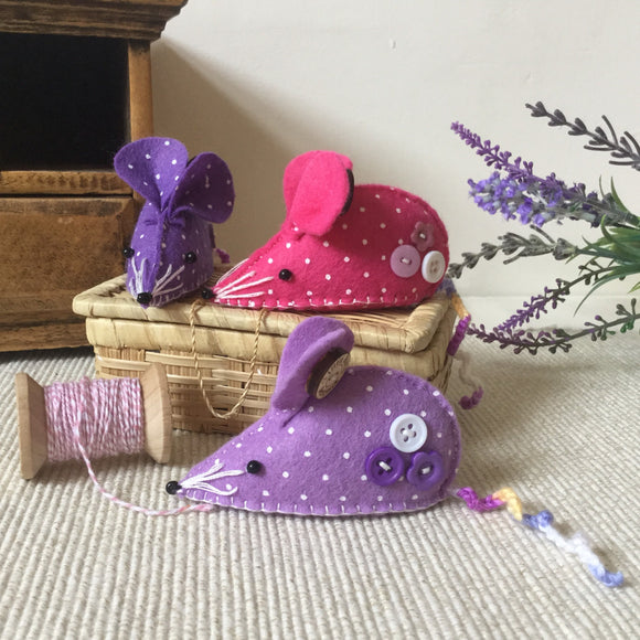 Mouse Pin Cushion / Handmade Pincushion - Little Bun Designs UK