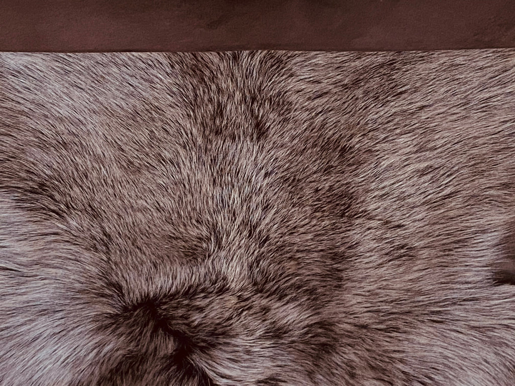 Brown Two Tone Toscana Spanish Shearling (Brisa) : Perfect For Leather Garments, Leather Trimmings & Leather Accessories.