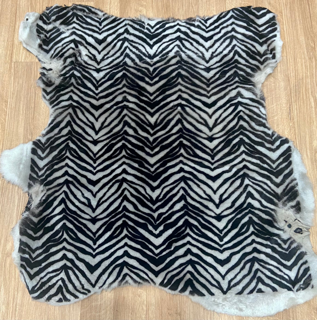 Zebra Affect Sheepskin With Suede Reverse (Ref-gh.eol)