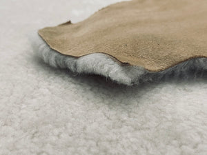 Beige Curly Merino Shearling (T/T) : Perfect For Leather Garments, Leather Trimmings & Leather Accessories.