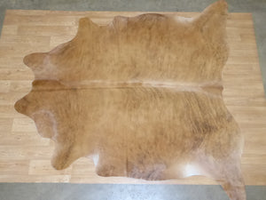 Natural Hair On Cow Hide : This Hide Is Perfect For Wall Hanging, Leather Rugs, Leather Bags & Leather Accessories (pic code 1020015)