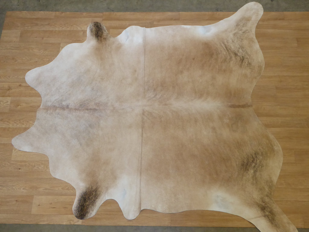 Natural Hair On Cow Hide : This Hide Is Perfect For Wall Hanging, Leather Rugs, Leather Bags & Leather Accessories (pic code 1020024)