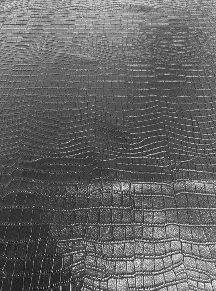 Crocodile Print Black Shinny Embossed Cow Side : (1.4mm-1.6mm) Perfect For Leather Bags , Leather Crafts , Leather Accesories.