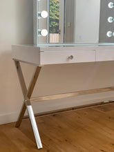 Load image into Gallery viewer, Signature Luxe Hollywood Mirror Vanity Station