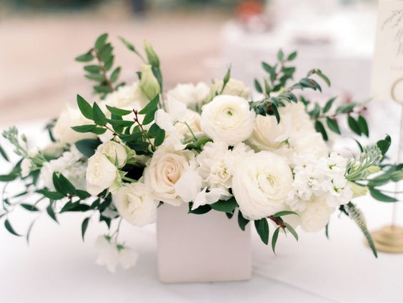 Residential Elopement:  White Wedding Centrepiece