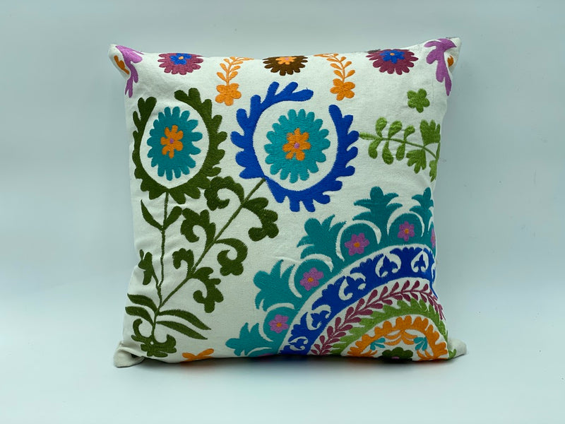 "Cotton Pillow Covers Bordered Tulip Dramatisation Designs - 40 CM x 40 CM 16"" X 16 """