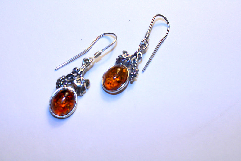 Amber Silver Grapes Design Fish Hook Earing - Mawlana Cashmere & Silk