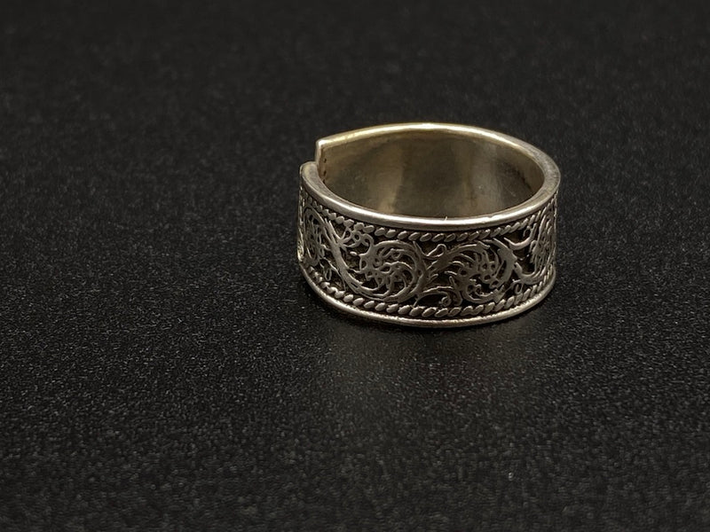 Light Handmade Aleppo Antique Rings  - Dragon Vines