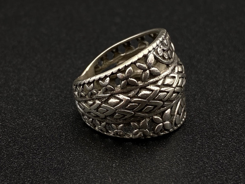 Light Handmade Aleppo Antique Rings  - Dragon Flower