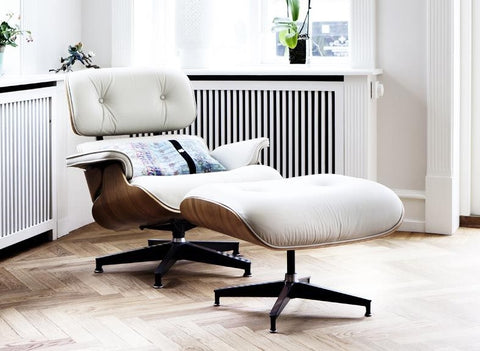 Charles Eames Lounge Chair & Ottoman - White