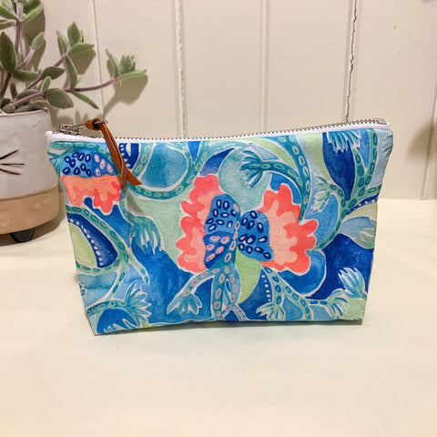 Sea Vine Zipper Purse