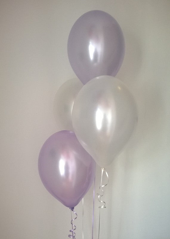 Pearlised Latex Balloons in Lilac and White (Helium Quality)